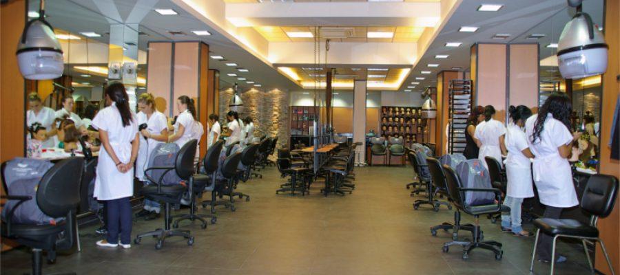 Centro de Peluquería Fernando: Tu futuro empieza aquí
