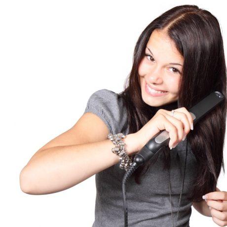 ¿Cómo utilizar correctamente la plancha de pelo?